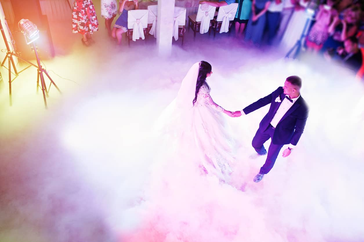 Popular Wedding Songs.Your Guide To The Top 20 Most Popular Wedding Songs Blog 1 800