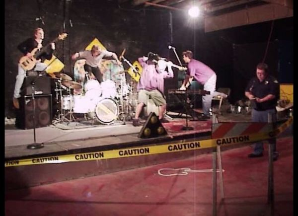 Caution : Private Party Band