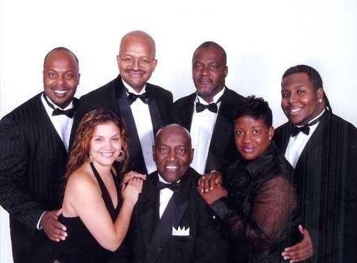 Sandy B and the Allstars : Wedding Reception Band
