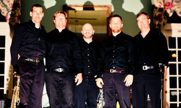 Travis Allison Band : Charleston Dance Band
