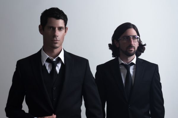 BIG GIGANTIC: National Act