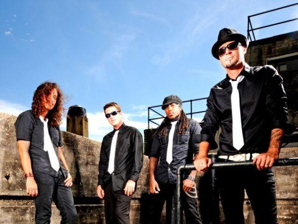 MoJiles : College Rock Band