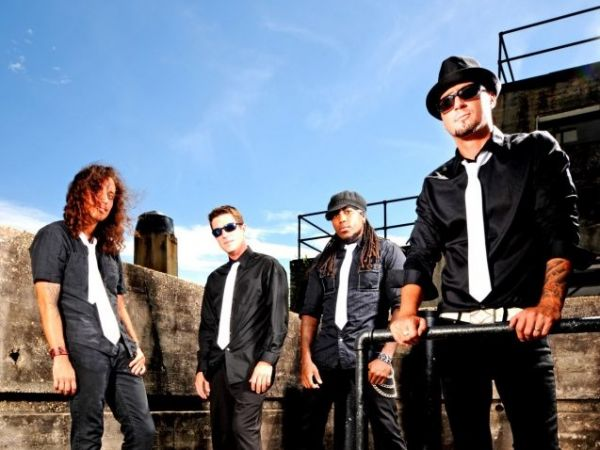 MoJiles : Rock Band