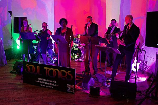 Soul Tones : Oldies Cover Bands