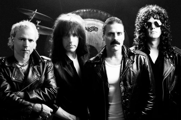 Almost Queen : Tribute To Queen