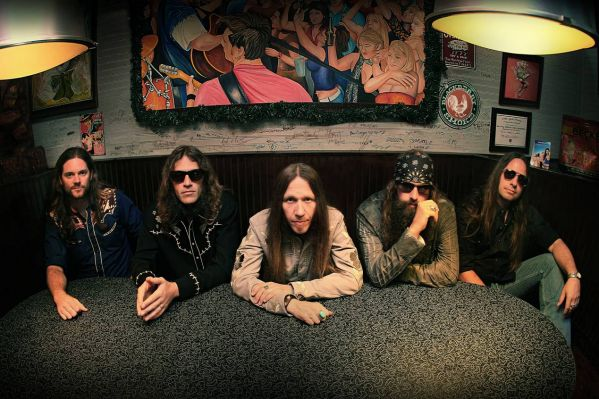 Blackberry Smoke : Famous Bands for College Concerts
