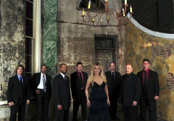 Vieux Carree : Wedding Band