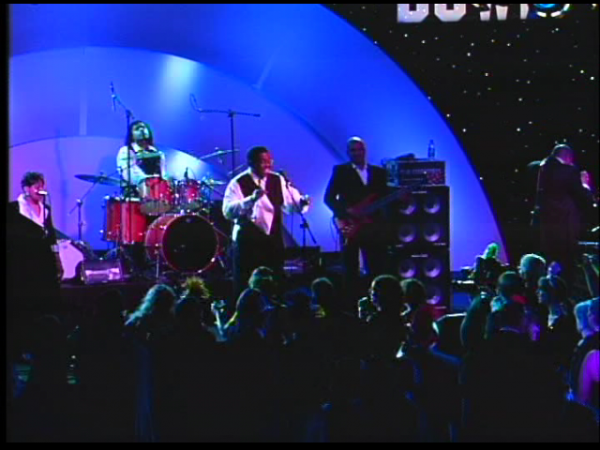 Bobby J & Stuff Like That : Live Band for Weddings