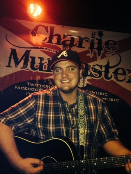 Charlie Muncaster : Night Club Act