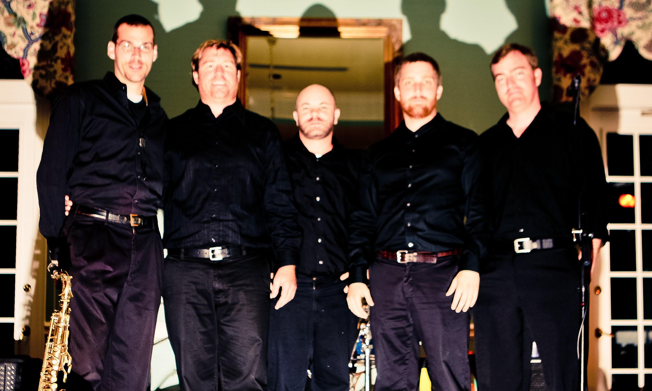 Travis Allison Band : Charleston Dance Band - 1-800-689-2263